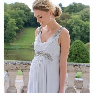 5438a0b0ff198 Women Maternity Gown Dresses on Poshmark